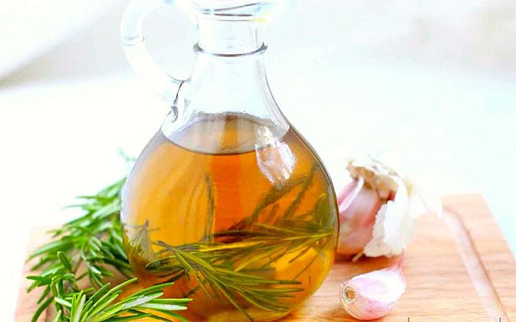 Aceite de ajo: propiedades, beneficios y cómo hacerlo