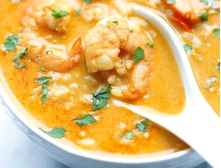 Sopa de gambas y arroz