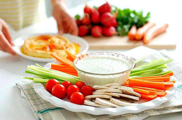 Crudités con salsa ligera- 7 tapas fáciles