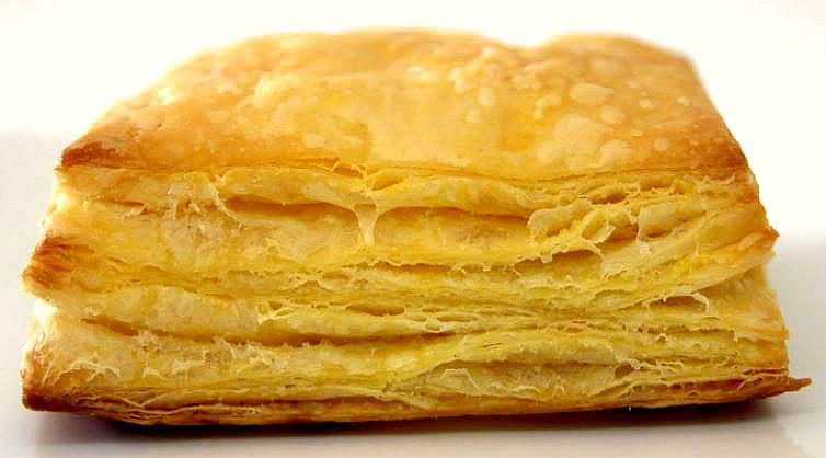 Pasta sfoglia o masa de hojaldre