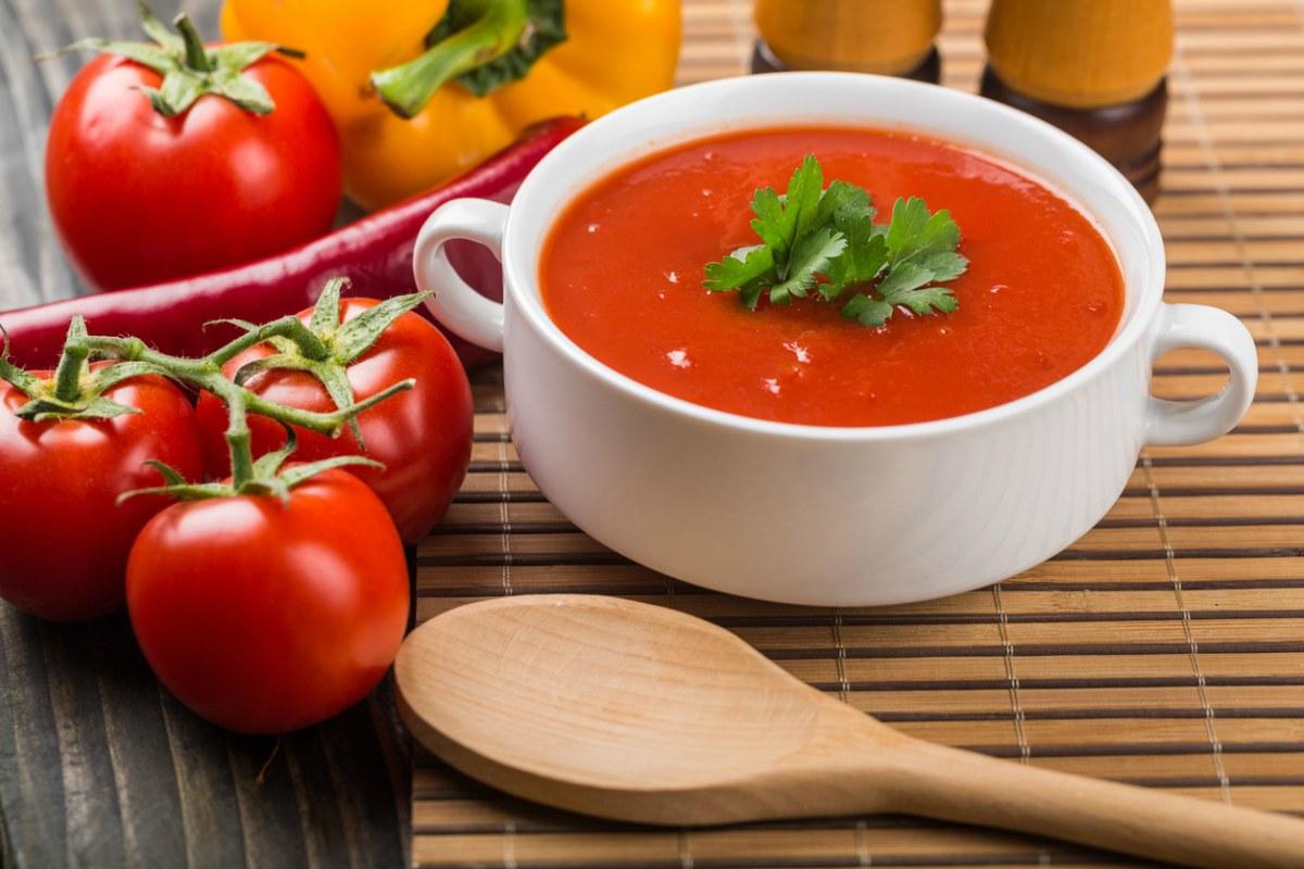 Receta de sopa de tomate fría