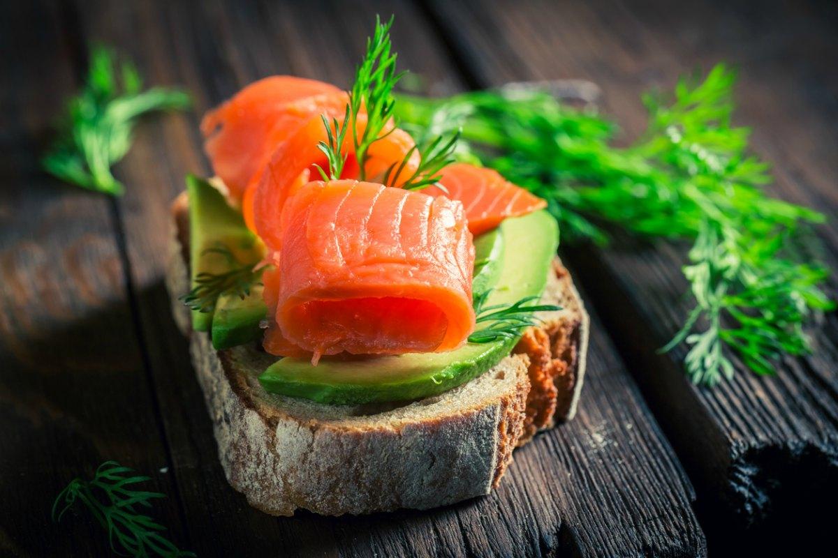 Receta de tosta de salmón