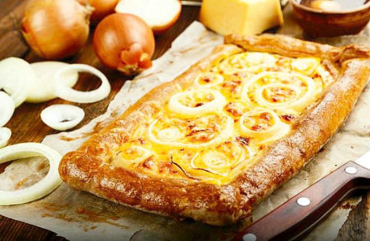 Receta de pizza con masa de hojaldre
