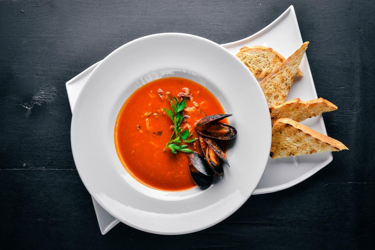 Receta de sopa de mejillones a la italiana