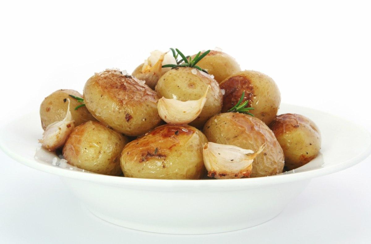 Patatas al horno con piel