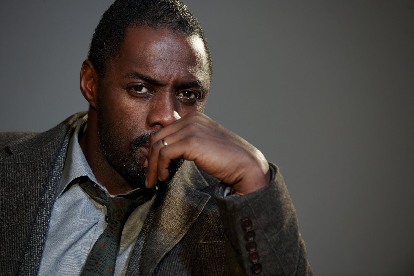 'Luther' ya cuenta con tráiler completo