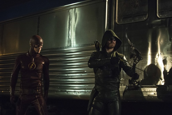 Nuevas promos del crossover entre 'Arrow' y 'The Flash'