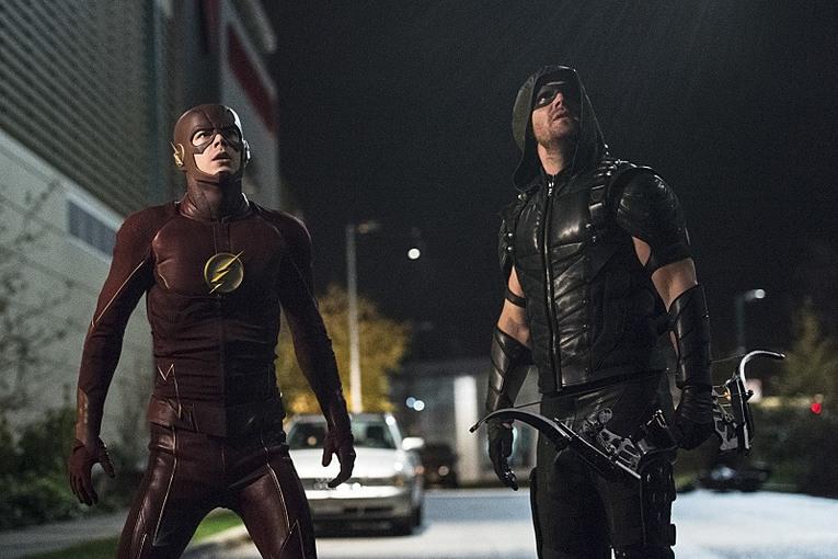 Avance del segundo crossover de 'Arrow' y 'The Flash'