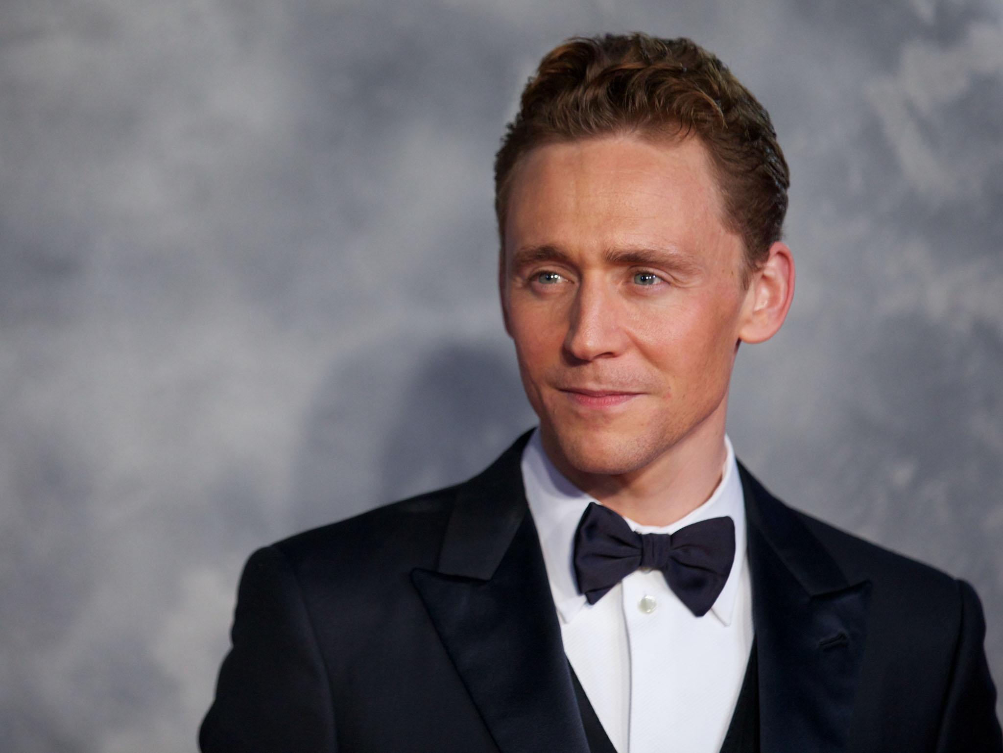 Cómo se preparó Tom Hiddleston para protagonizar 'El Infiltrado'