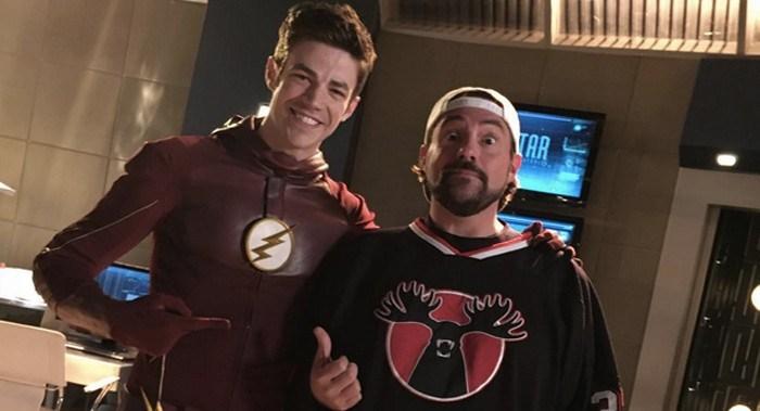 Kevin Smith dirigirá un episodio de The Flash