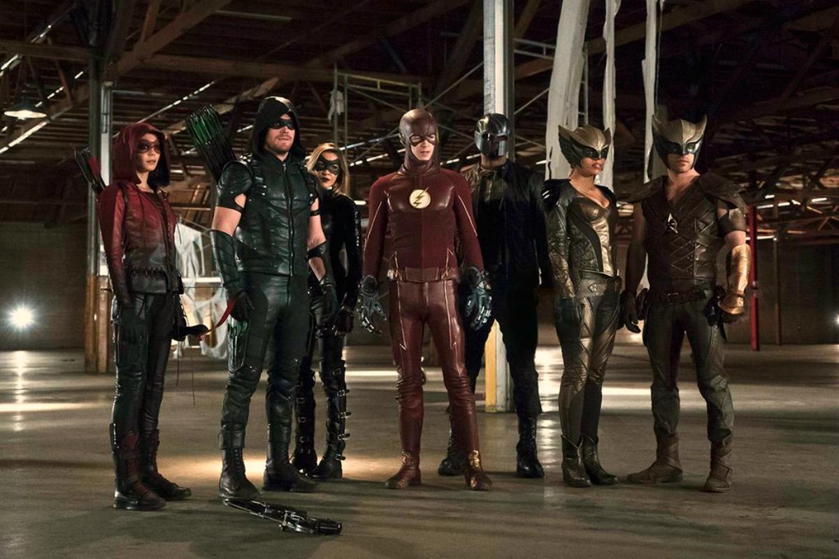 Arrow: seguiremos disfrutando de más y mejores crossover