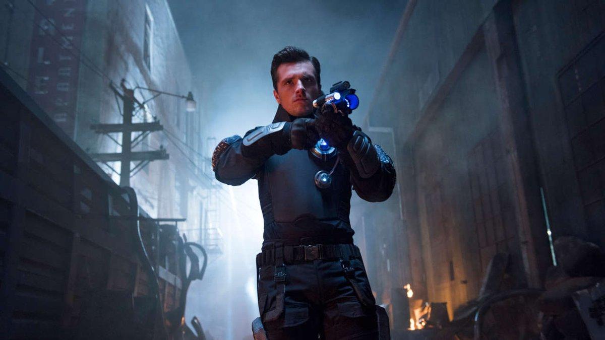 Josh Hutcherson se convertirá de la noche a la mañana en todo un superhéroe.