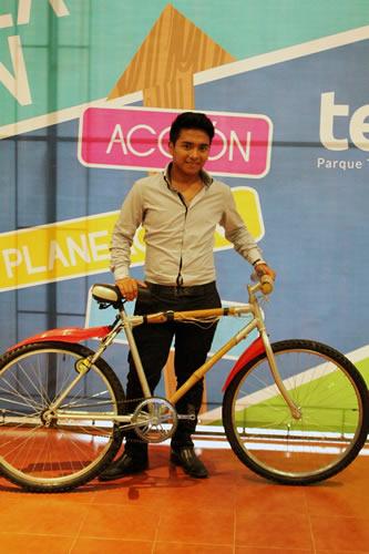 Cómo cargar un teléfono móvil con una bicicleta