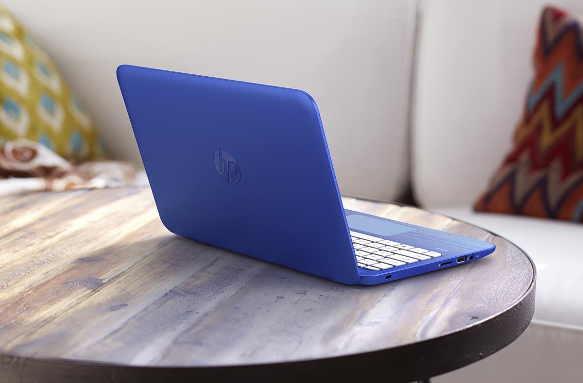 HP Stream_Cobolt Blue_lifestyle