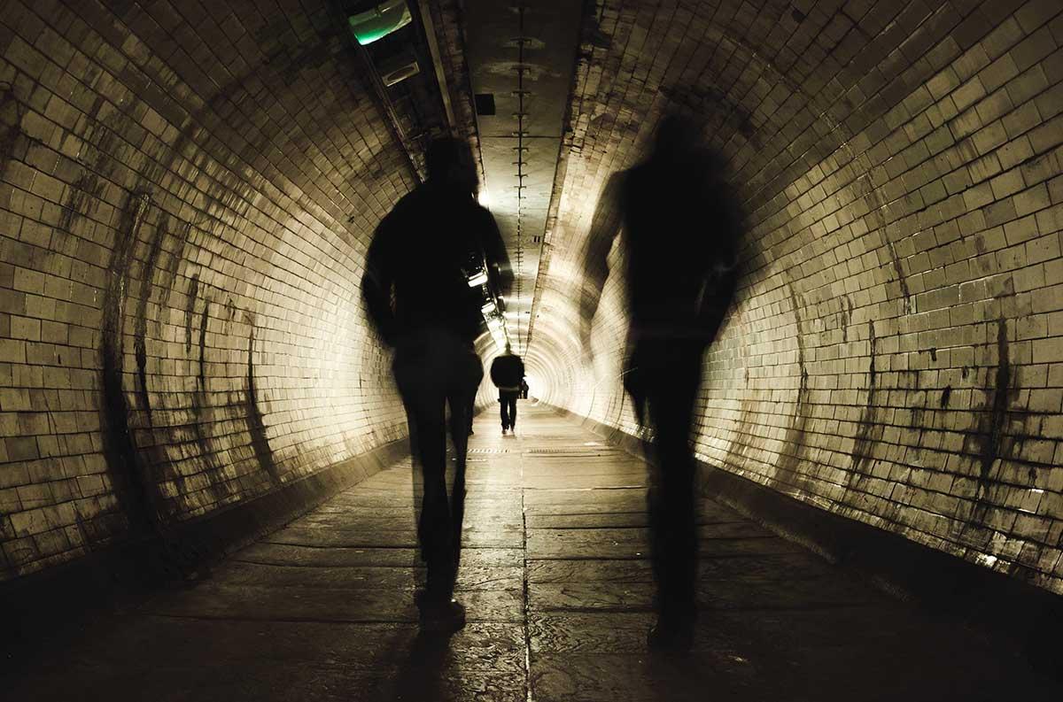 Criminales huyen