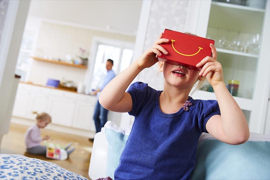 """McDonalds repartirá gafas VR con sus menús """"Happy Meal"""""""