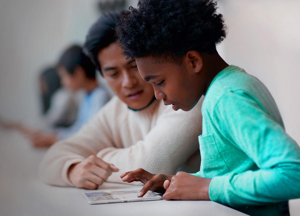 Swift Playgrounds: Apple quiere convertir a tus hijos en programadores