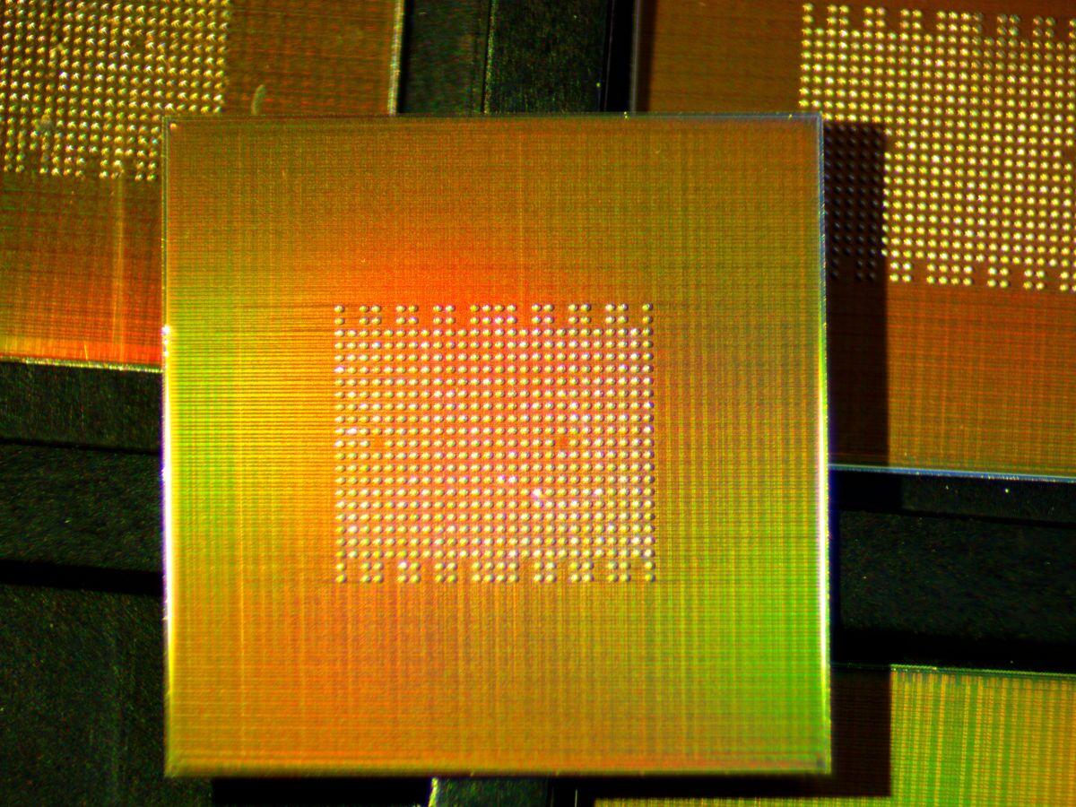 KiloCore chip 1000 nucleos 2