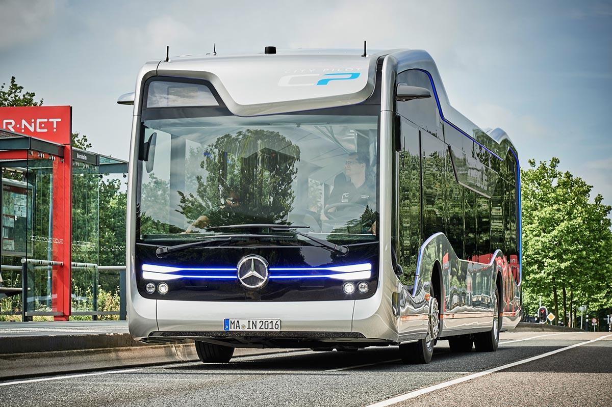 Autobus autonomo Mercedes 2