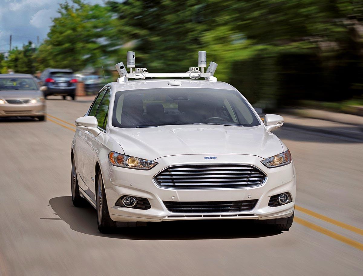 Ford lanzará sus vehículos autónomos en 2021