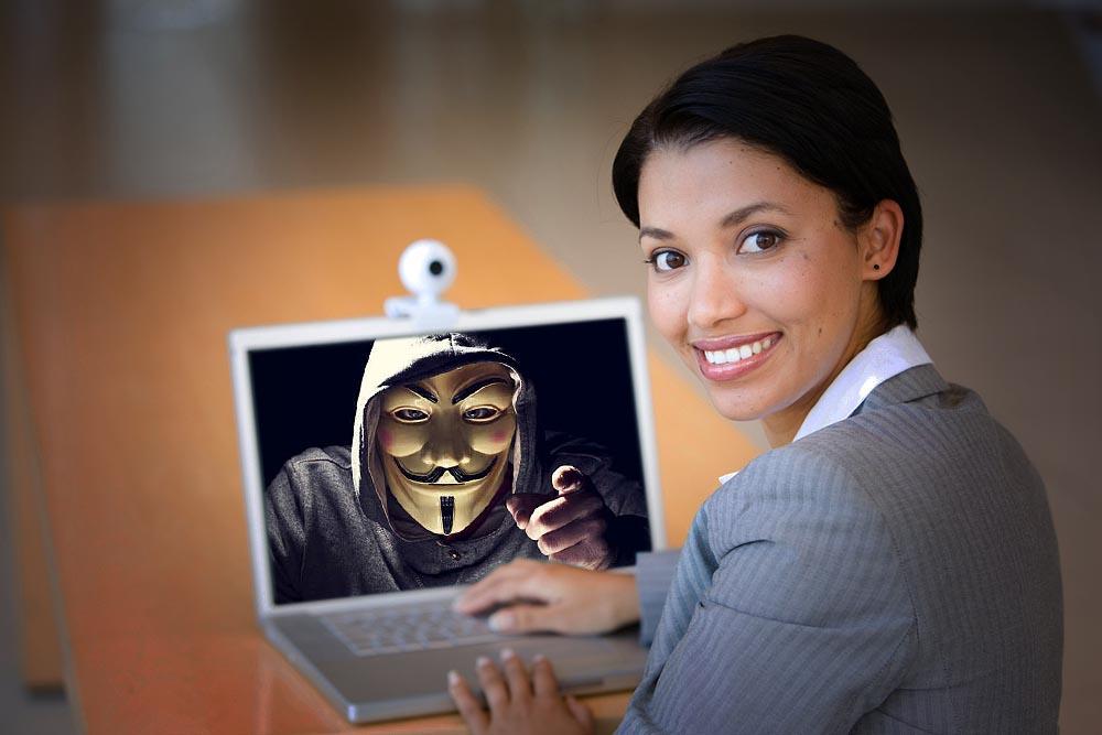 hacker-espia-webcam
