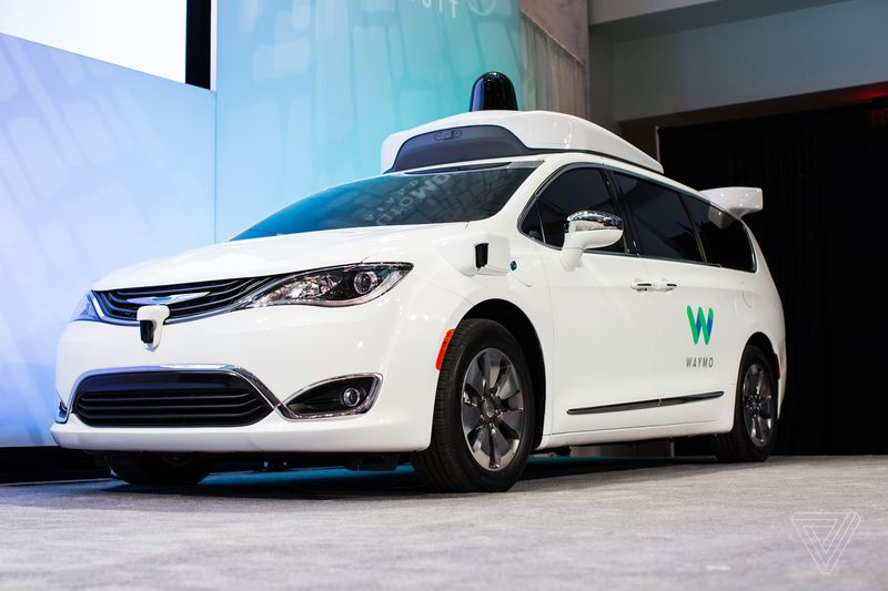 waymo_chrysler_pacifica_detroit_auto_show_2017_0621