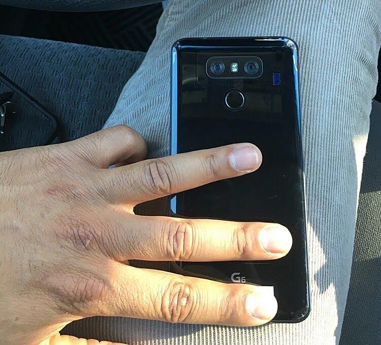 LG G6 jet black