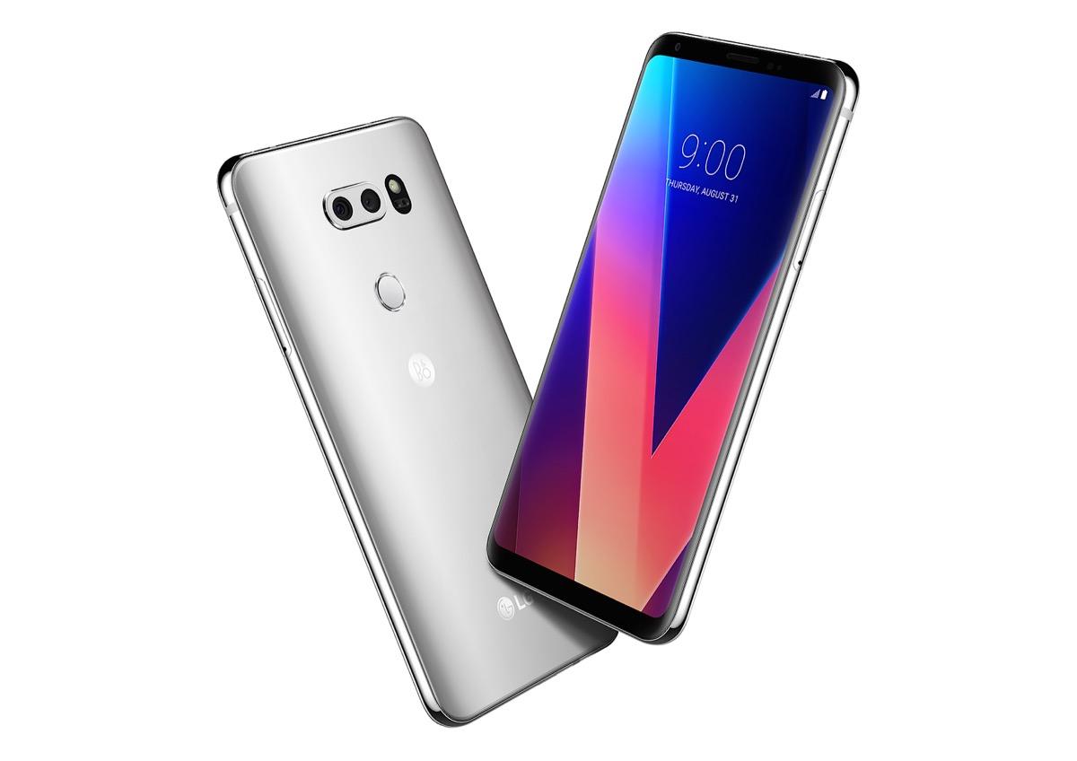 El LG V30 estará a la venta en nuestro territorio a partir del 15 de diciembre a un precio oficial de 899 euros.
