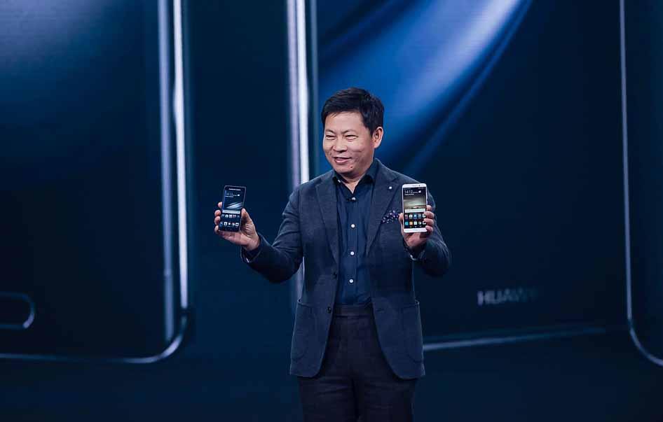 Richard Yu, presidente de la división de consumo de Huawei asegura que atiene un prototipo funcional de smartphone plegable