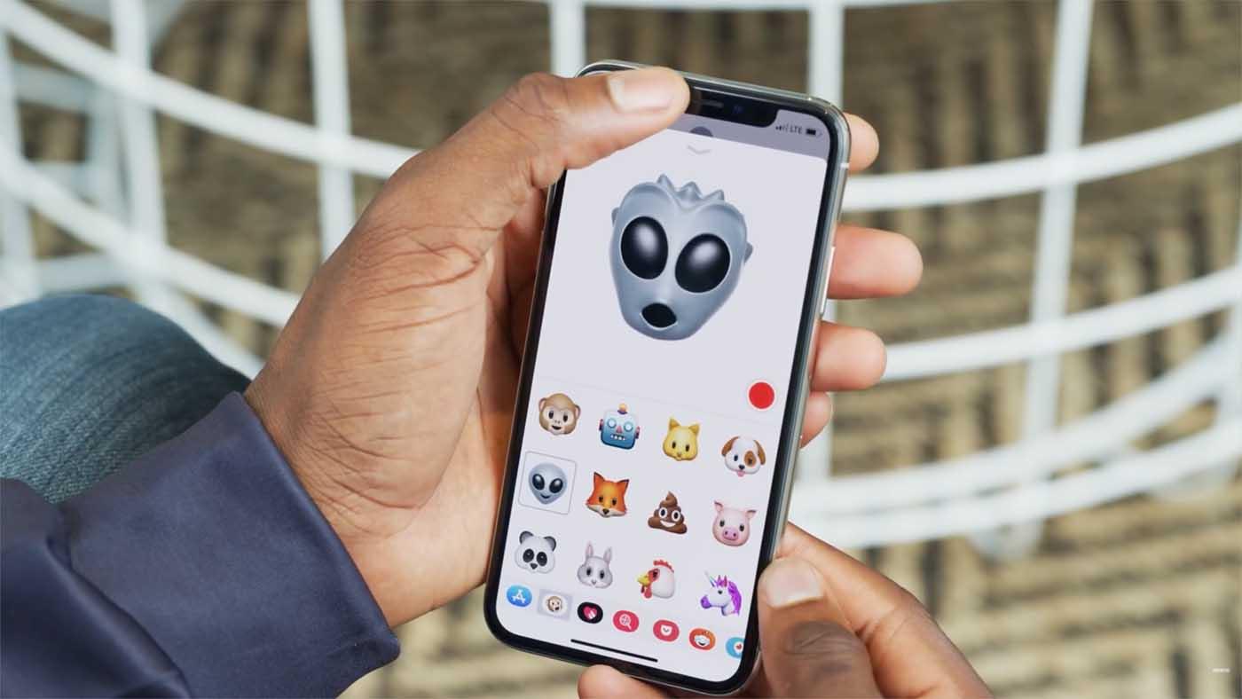 Los animoji o emoji animados del iPhone X sólo requieren la cámara RGB normal