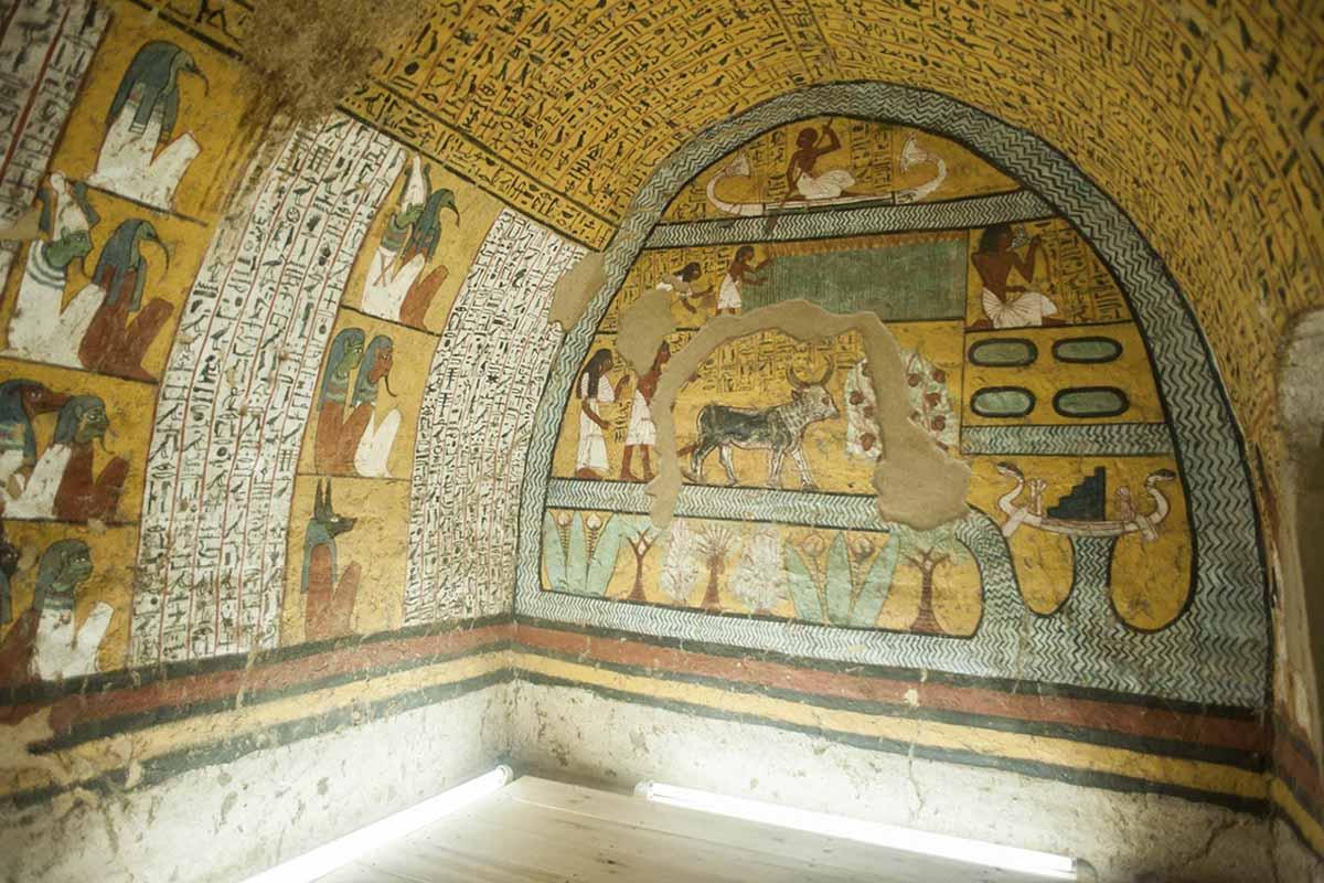 Egipto reabre cuatro tumbas tras su restauración