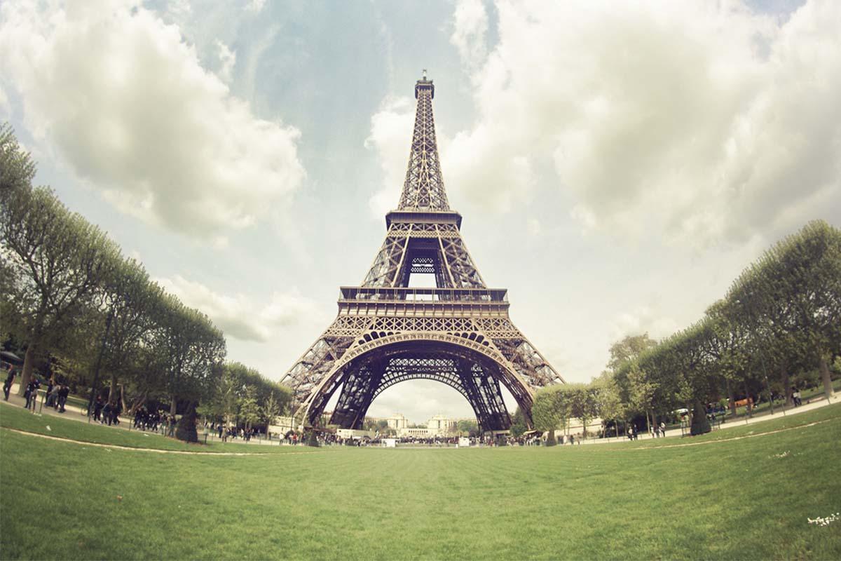 ¿Quieres dormir en la Torre Eiffel?