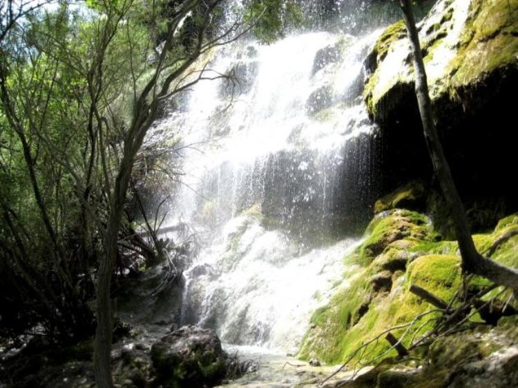 Río-Pitarque-cascada-Teruel