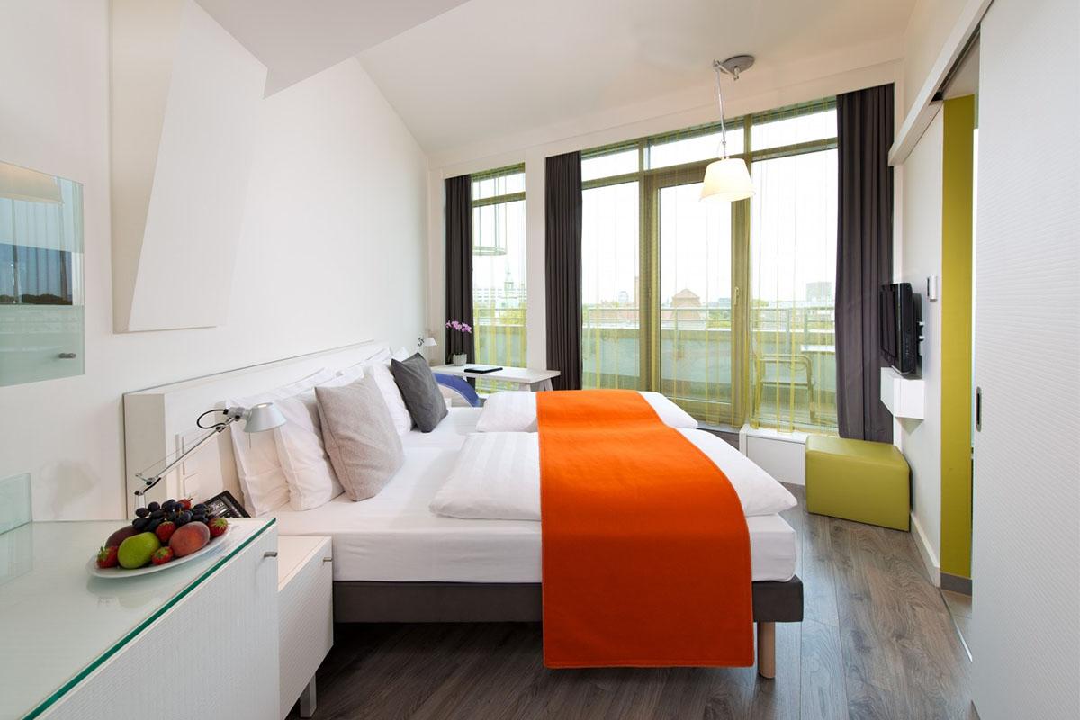 Un hotel se mete en un lío por publicar una opinión falsa en Booking