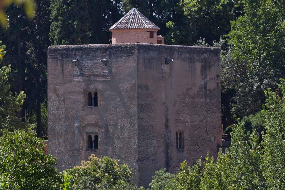 Visita la Torre de las Infantas de la Alhambra en septiembre