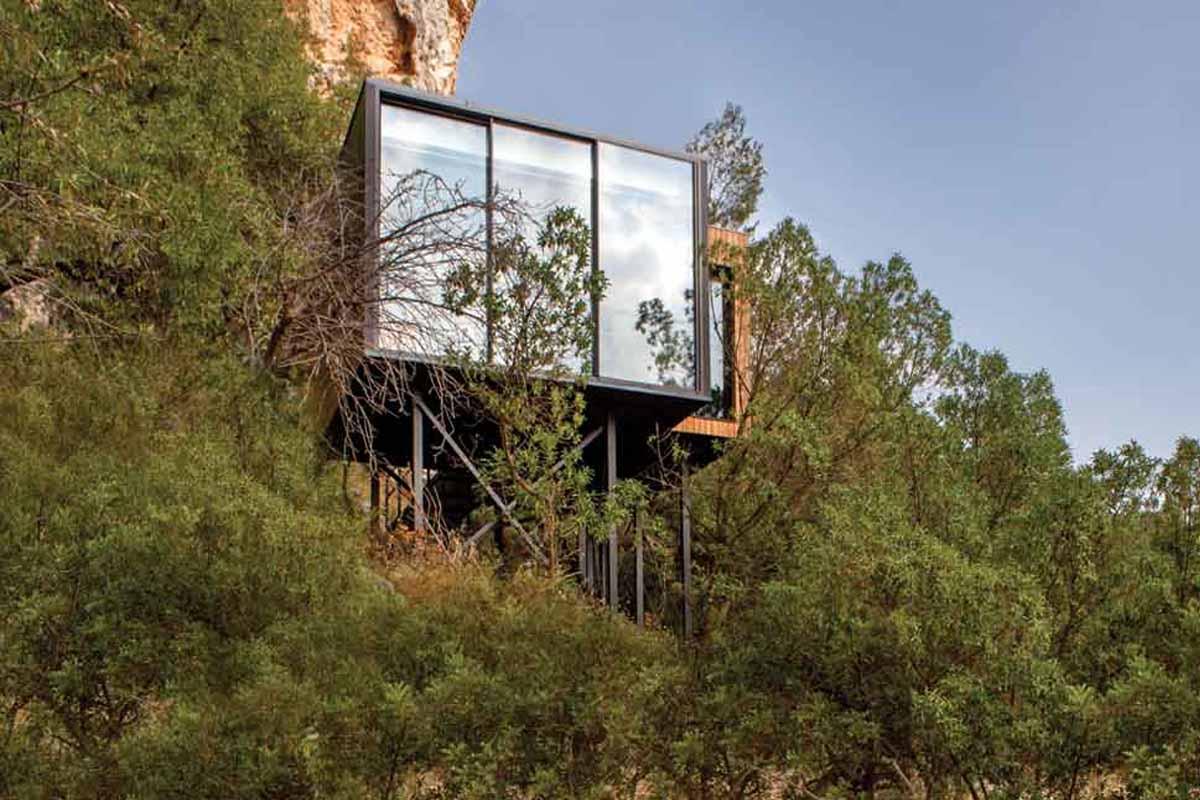Vivood, un hotel oculto en la naturaleza