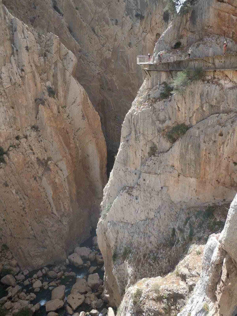 ¿Sin miedo a las alturas? El Caminito del Rey te espera