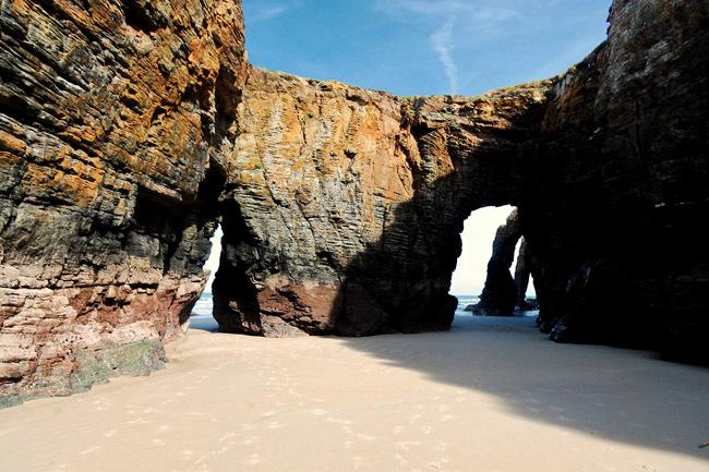 Fotografía por cortesía de la Playa de las Catedrales