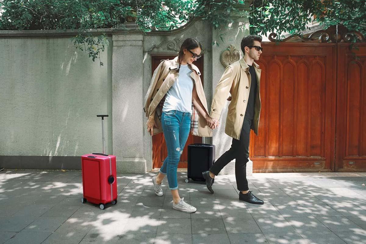 Cowarobot R1, la maleta que te sigue a todas partes