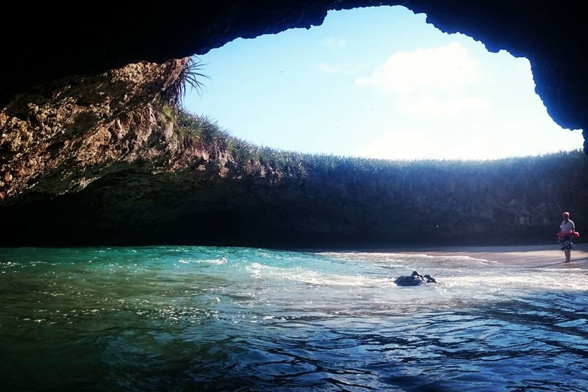 Ya puedes visitar de nuevo la Playa Escondida