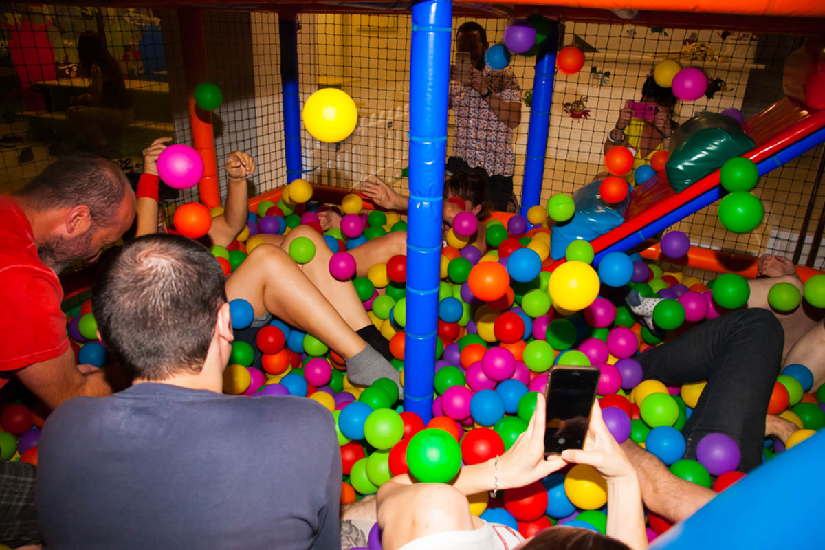 Celebra Tu Cumpleanos En Un Chiquipark Sin Importar Tu Edad - Celebracion-cumpleaos-adultos