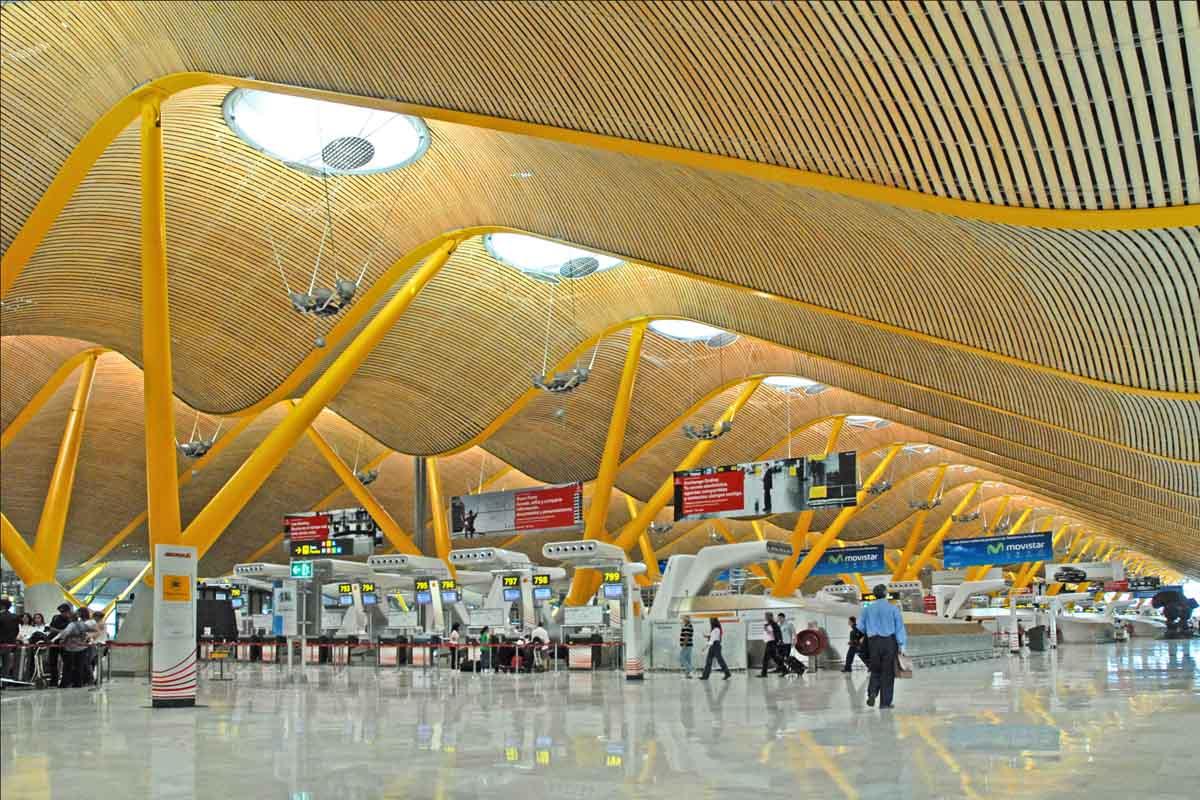 ¿Qué aeropuertos han crecido más este verano?