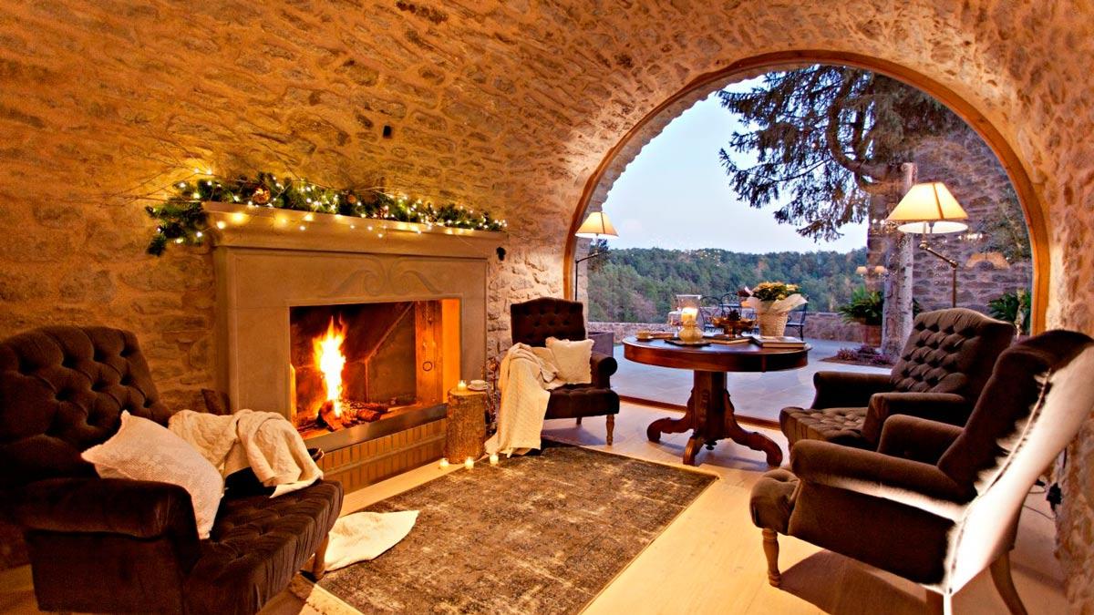 Refúgiate del frío en estos espectaculares hoteles con chimenea