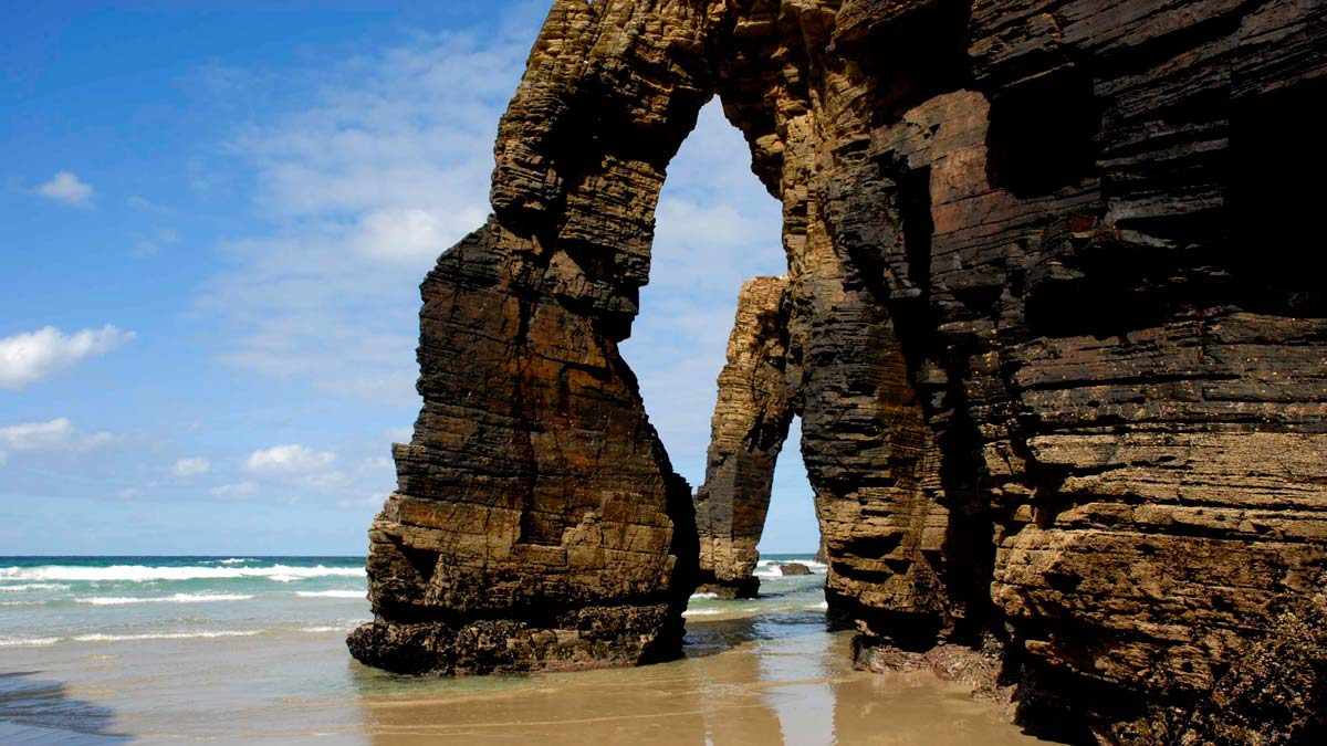 playa de las catedrales national geographic