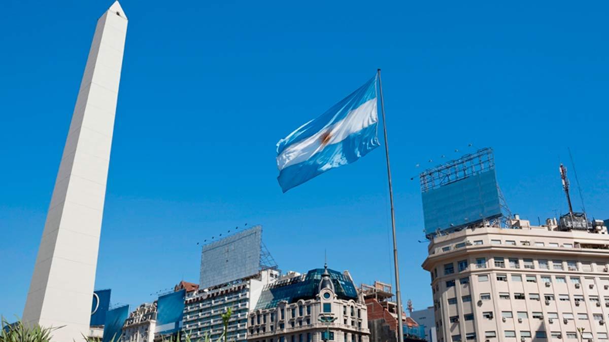 ¡Si visitas ahora Argentina y te devolverán el dinero de tu viaje!
