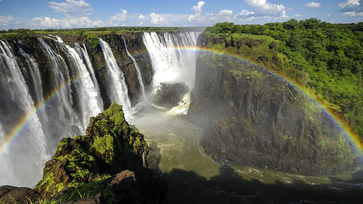 10 cascadas de agua que deberías ver con tus ojos alguna vez en la vida
