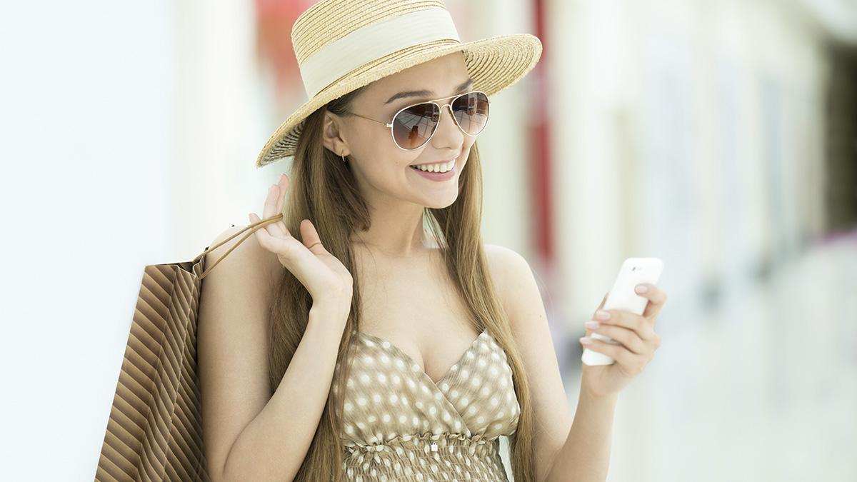 Las apps imprescindibles para los viajeros (XXII) – Creado por Photoduet – Freepik.com