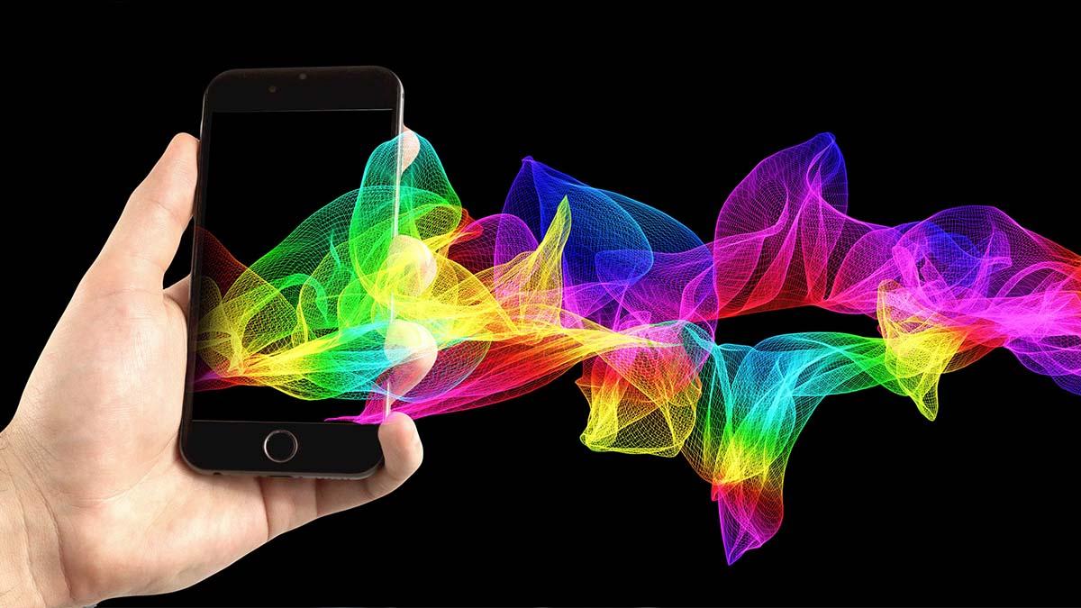 Si estás tan enganchado al móvil que no puedes despegarte de él ni en vacaciones, atento a estas aplicaciones para viajes