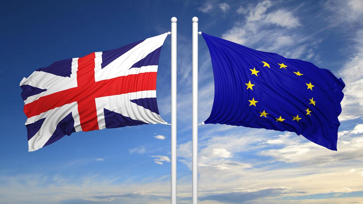Los precios para volar desde España a Reino Unido han bajado un 7% desde el anuncio resultado del referéndum del Brexit hace un año