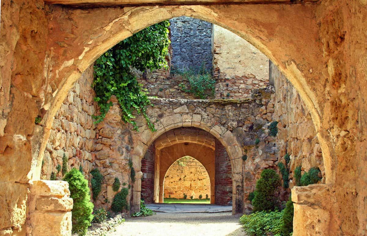 Qu ver en pedraza edificios de la villa medieval - Viajes puerta palma 2017 ...